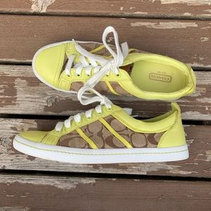 coach shoes Signature Sneakers Size 7.5